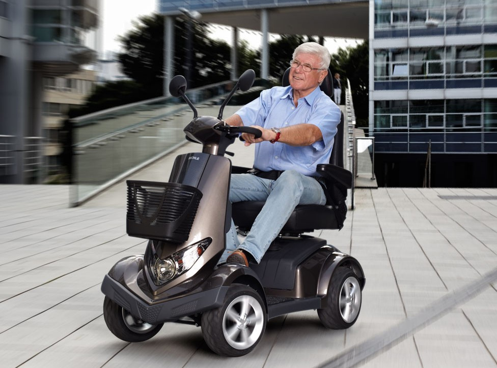 Bechle Scooter Carvo Image